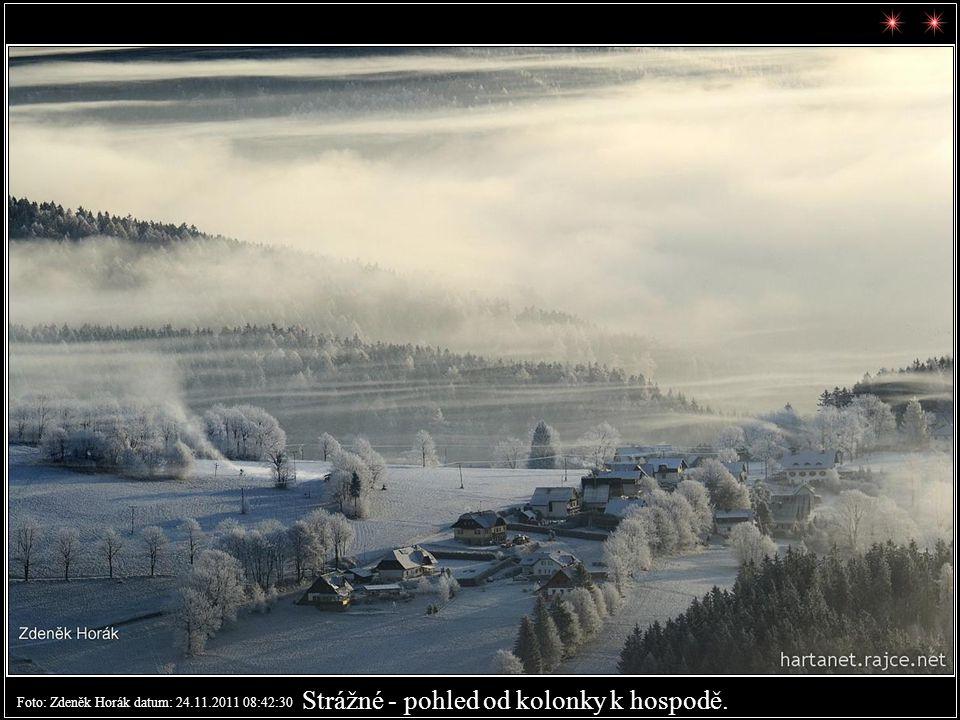 Strážné s Černou horou na horizontu. Foto: Zdeněk Horák datum: 24.11.2011 08:43:41