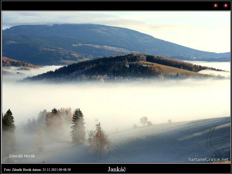 Jankův kopec nad Vrchlabím. Foto: Zdeněk Horák datum: 25.11.2011 09:09:43