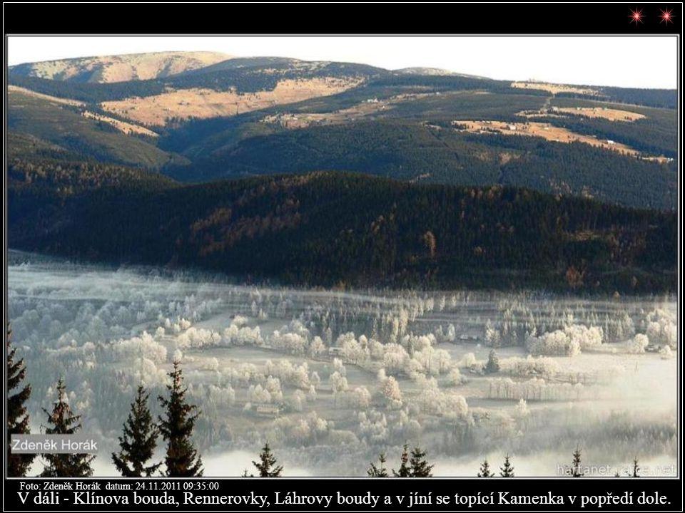 Foto: Zdeněk Horák datum: 23.11.2011 15:48:16 Posledním pohledem z Krkonoš na Ještěd se loučí Zdeněk Horák.