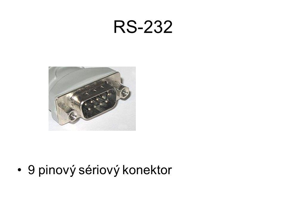 RS-232 9 pinový sériový konektor