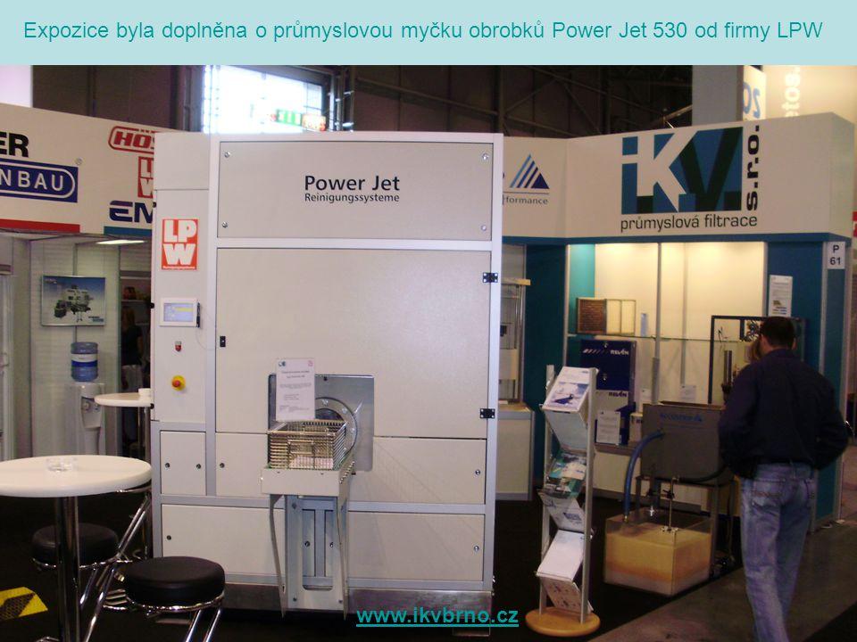 Pro jednání s našimi zákazníky byla v zázemí našeho stánku jednací místnost. www.ikvbrno.cz