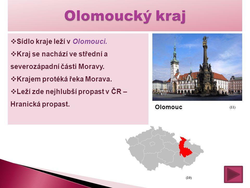  Sídlo kraje leží v Olomouci.  Kraj se nachází ve střední a severozápadní části Moravy.  Krajem protéká řeka Morava.  Leží zde nejhlubší propast v