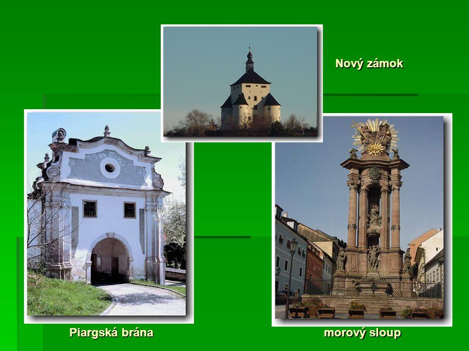 Piargská brána Nový zámok morový sloup