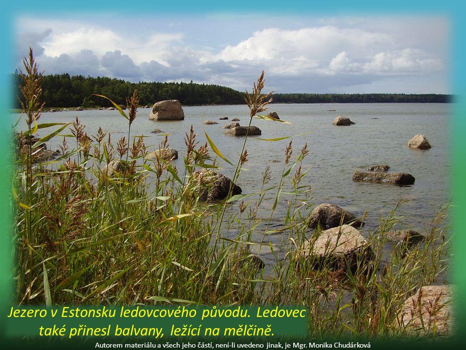 podle průtoku vody: průtočná – voda přitéká a odtéká bezodtoková – nevytéká z nich voda (např.