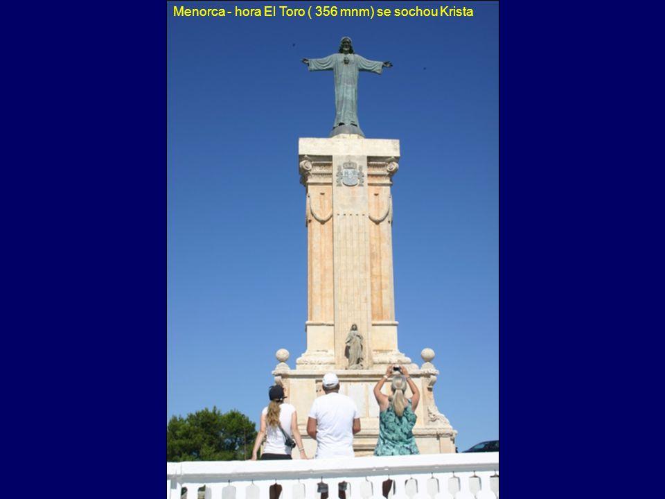 Menorca - taula s Terezkou