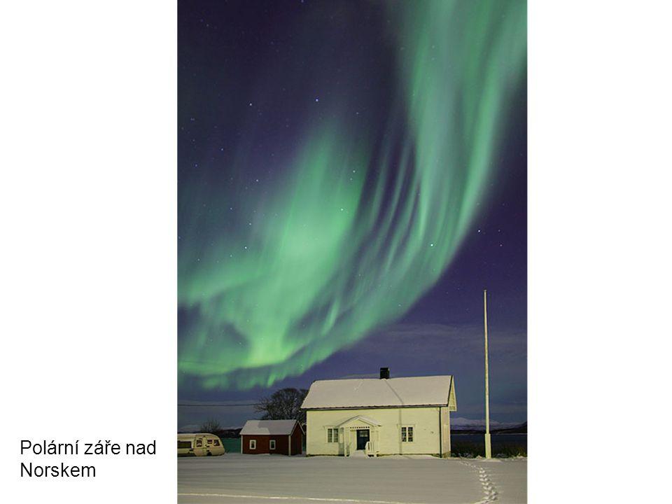 Polární záře nad Norskem