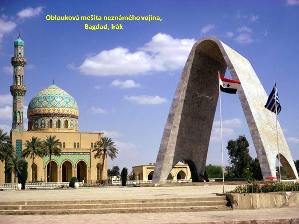 Oblouková mešita neznámého vojína, Bagdad, Irák