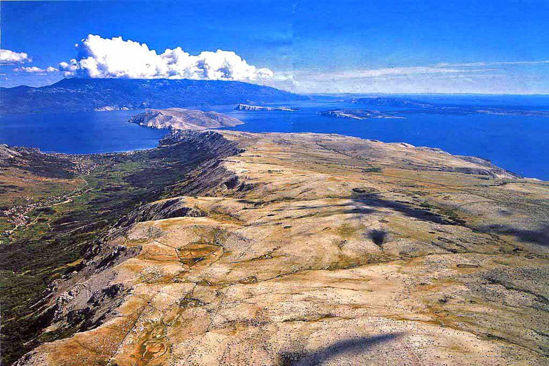 ostrov Krk (405 km²)