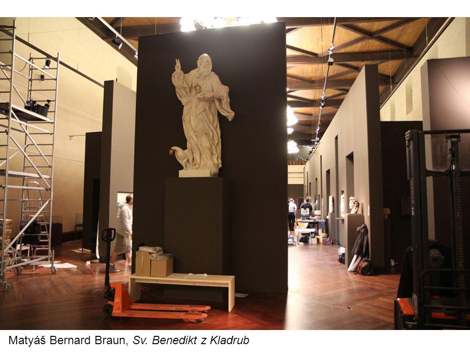 """Francie -určující portály v Autunu a ve Vézelay -autunský portál – dílo sochaře Gislberta – patrně nejvýraznější osobnost evropského sochařství dané doby, provedl výzdobu mnoha kostelů ve Francii (vyškolen snad v Cluny) -portál chrámu ve Vézelay – glorifikace Krista, expresivní pojetí, stylizace proporcí lidského těla, nadpozemský charakter postav, """"románské baroko"""