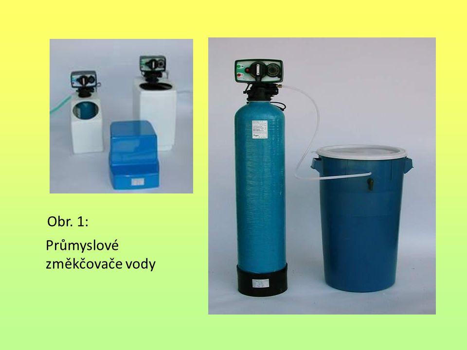 Obr. 1: Průmyslové změkčovače vody