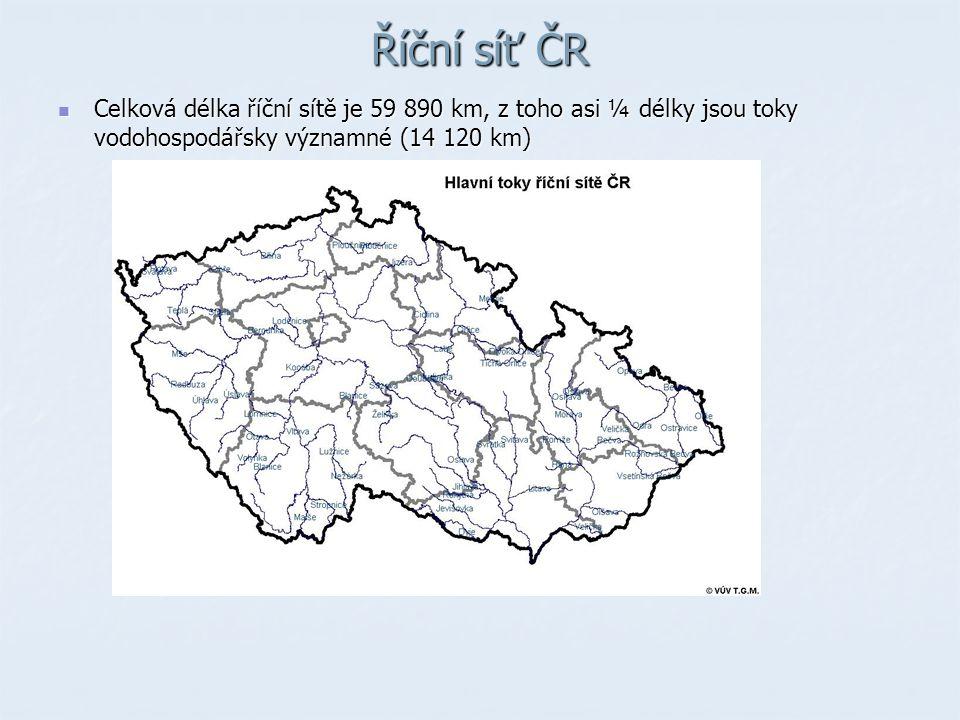 Říční síť ČR Celková délka říční sítě je 59 890 km, z toho asi ¼ délky jsou toky vodohospodářsky významné (14 120 km) Celková délka říční sítě je 59 890 km, z toho asi ¼ délky jsou toky vodohospodářsky významné (14 120 km)