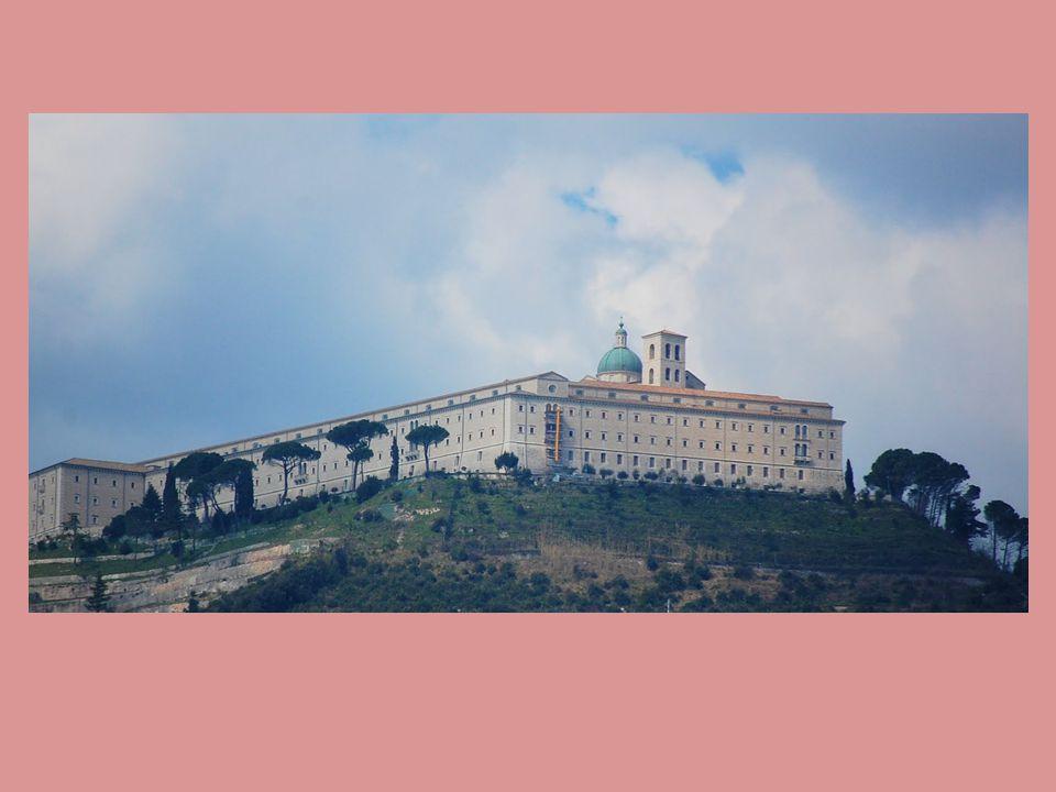 Poznámky Monte Cassino je benediktinský klášter v Itálii založený v 6.
