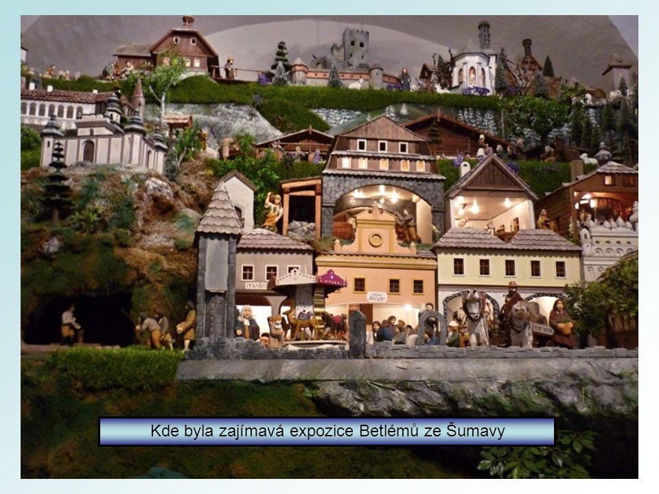Sušické náměstí a muzeum.