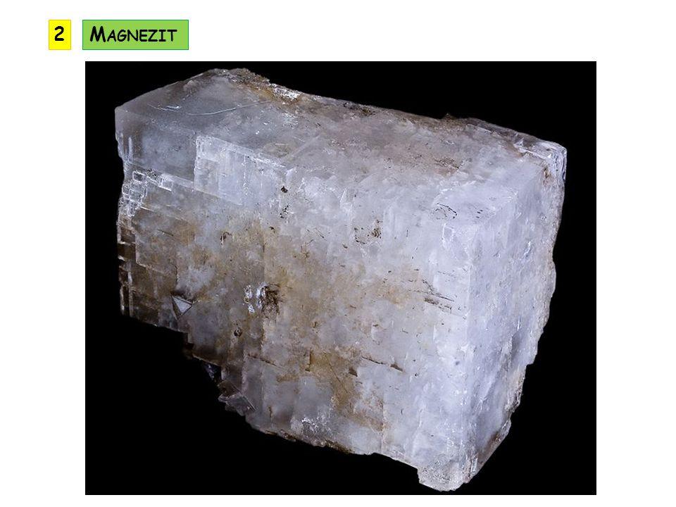 jiným názvem ocelek rozpouští se pouze v horké kyselině chlorovodíkové využití: je důležitou rudou železa (až 50% Fe) výskyt: Rakousko, Německo, Slovensko, Portugalsko výskyt v ČR: Příbramsko S IDERIT (F E C O 3 ) KRYSTALOVÁ SOUSTAVA: klencová ŠTĚPNOST: dokonalá TVRDOST: 4 až 4,5 LOM: lasturnatý HUSTOTA: 3,7 až 3,9 VRYP: bílý BARVA: světle žlutá až černá LESK: skelný až perleťový