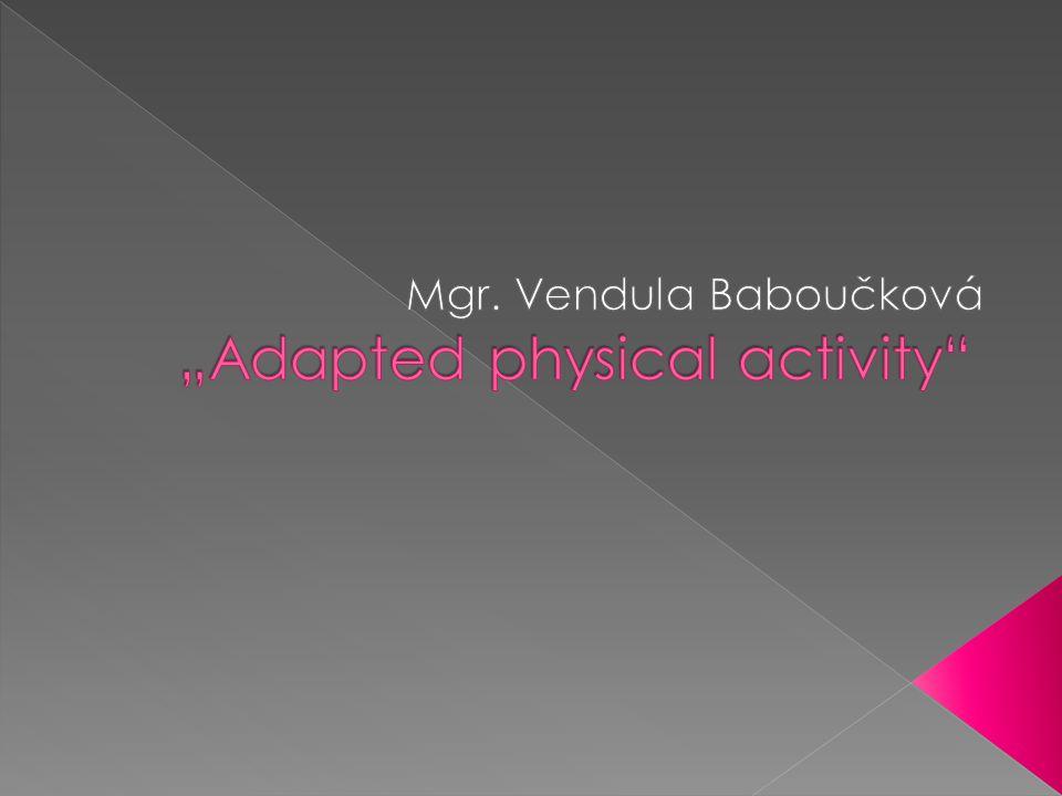  byl poprvé prezentován v roce 1973 u příležitosti založení Mezinárodní federace aplikovaných pohybových aktivit (IFAPA) belgickými a kanadskými kolegy.
