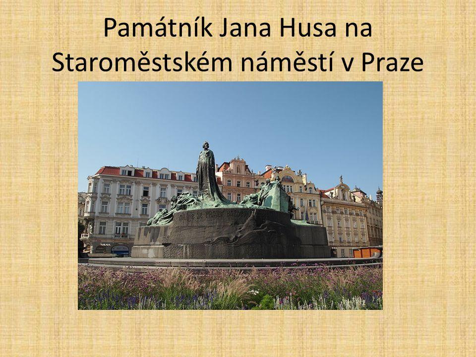 Památník Jana Husa na Staroměstském náměstí v Praze
