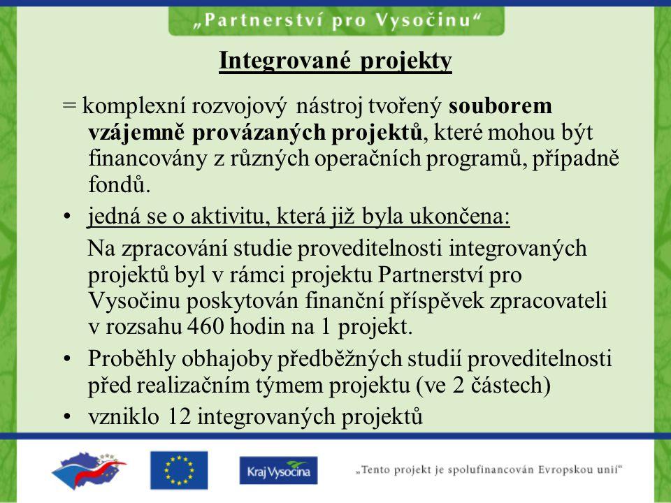 Integrované projekty = komplexní rozvojový nástroj tvořený souborem vzájemně provázaných projektů, které mohou být financovány z různých operačních programů, případně fondů.