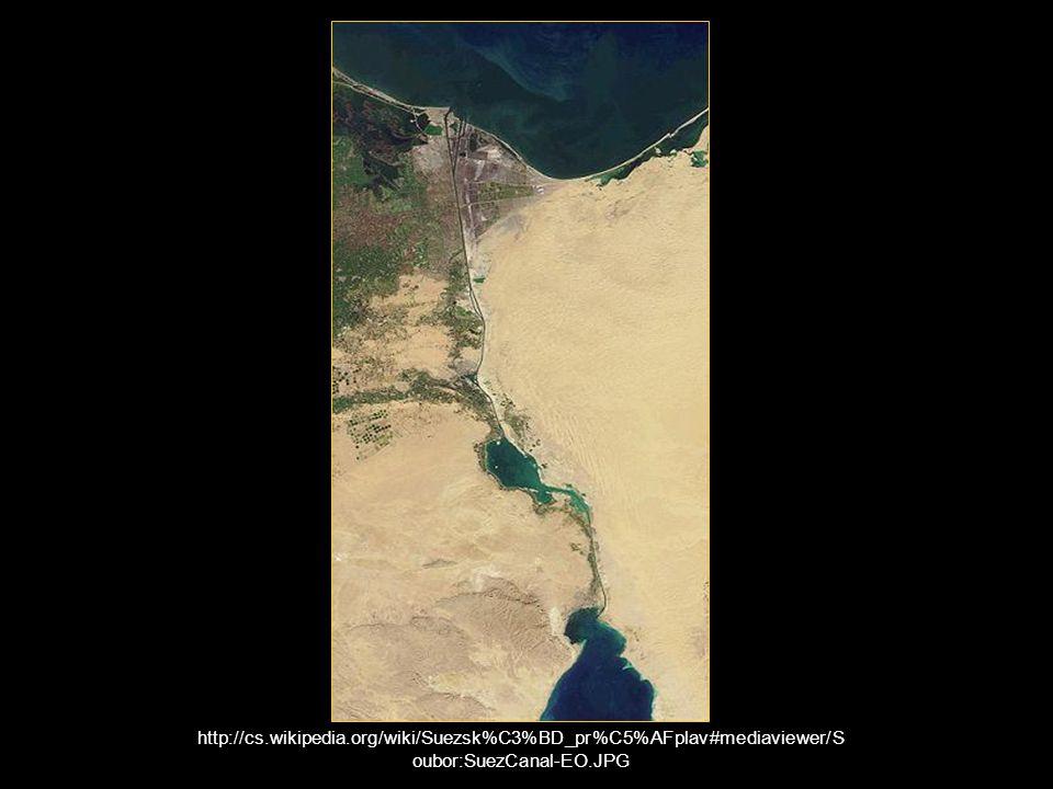 http://cs.wikipedia.org/wiki/Suezsk%C3%BD_pr%C5%AFplav#mediaviewer/S oubor:SuezCanal-EO.JPG