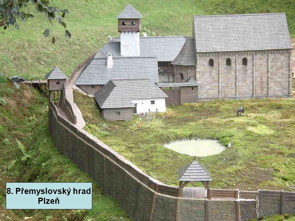 8. Přemyslovský hrad – Plzeň - rotunda