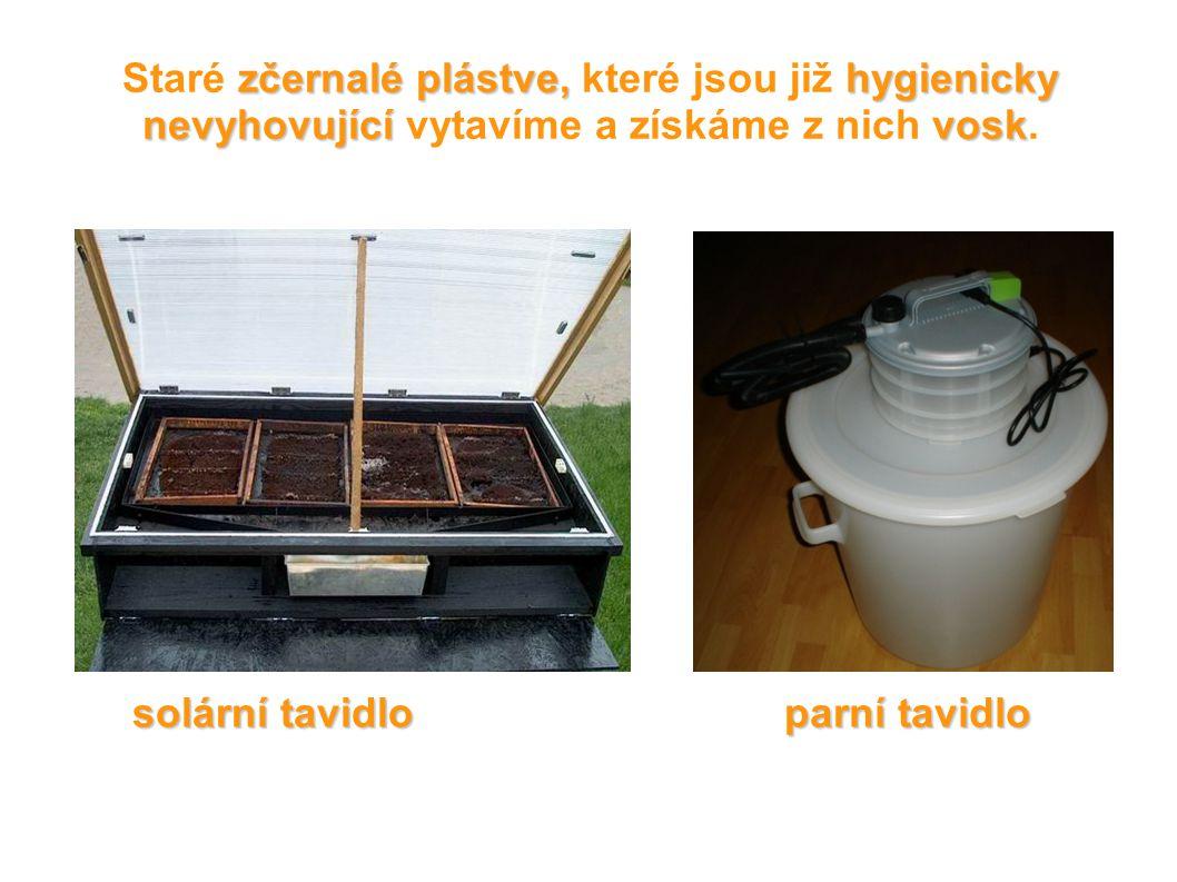 zčernalé plástve, hygienicky nevyhovující vosk Staré zčernalé plástve, které jsou již hygienicky nevyhovující vytavíme a získáme z nich vosk. solární
