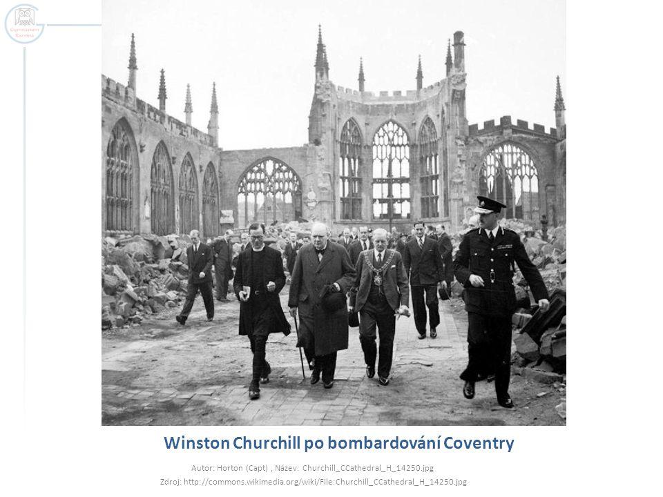 Winston Churchill po bombardování Coventry Autor: Horton (Capt), Název: Churchill_CCathedral_H_14250.jpg Zdroj: http://commons.wikimedia.org/wiki/File:Churchill_CCathedral_H_14250.jpg