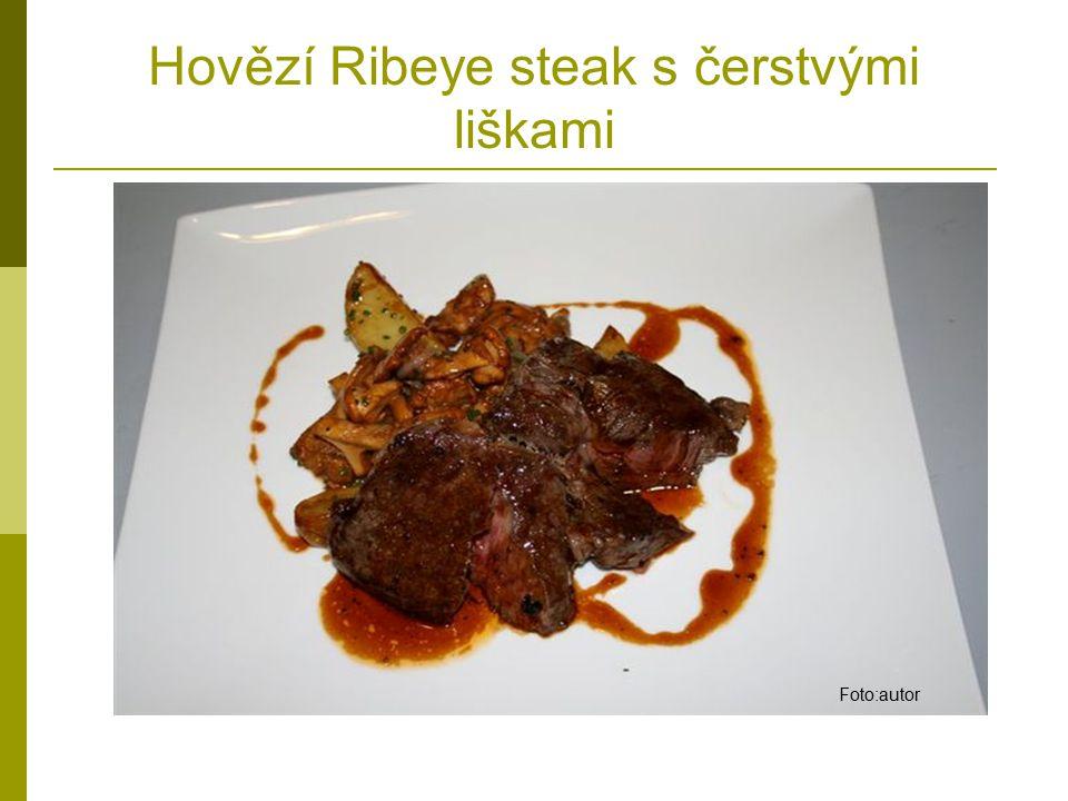 Hovězí Ribeye steak s čerstvými liškami Foto:autor