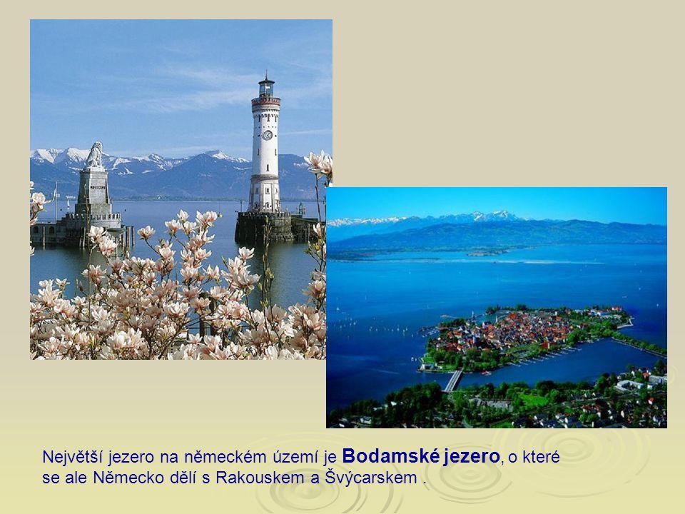 Největší jezero na německém území je Bodamské jezero, o které se ale Německo dělí s Rakouskem a Švýcarskem.