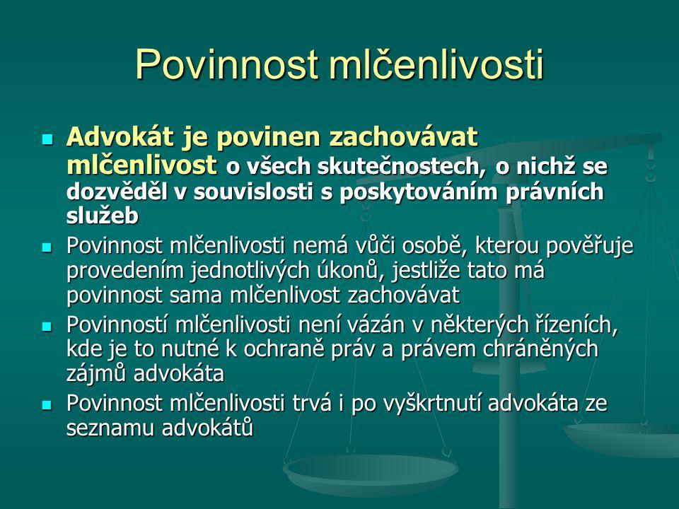 Evropský advokát Kromě advokátů podle ZA mohou právní služby na území ČR poskytovat i fyzické osoby, které jsou příslušníky státu EU nebo Evropského hospodářského prostoru či jiného státu, kde tak stanoví mezinárodní smlouva Kromě advokátů podle ZA mohou právní služby na území ČR poskytovat i fyzické osoby, které jsou příslušníky státu EU nebo Evropského hospodářského prostoru či jiného státu, kde tak stanoví mezinárodní smlouva V domovském státě získaly oprávnění poskytovat právní služby pod profesním označením domovského státu, které bylo oznámeno ve sdělení Ministerstva spravedlnosti V domovském státě získaly oprávnění poskytovat právní služby pod profesním označením domovského státu, které bylo oznámeno ve sdělení Ministerstva spravedlnosti