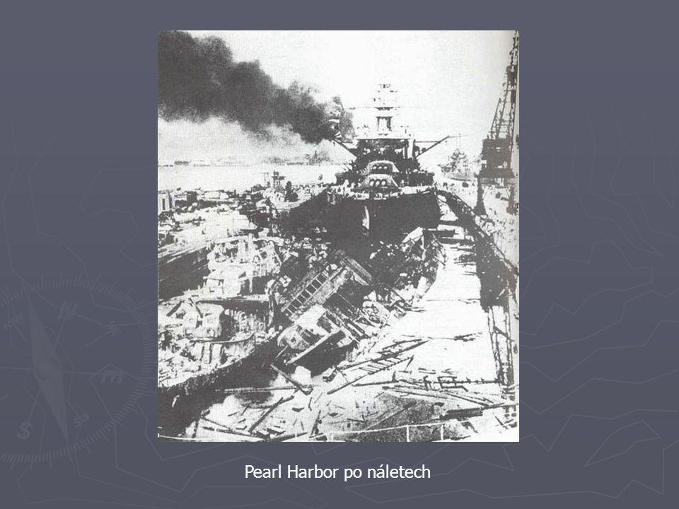Pearl Harbor po náletech