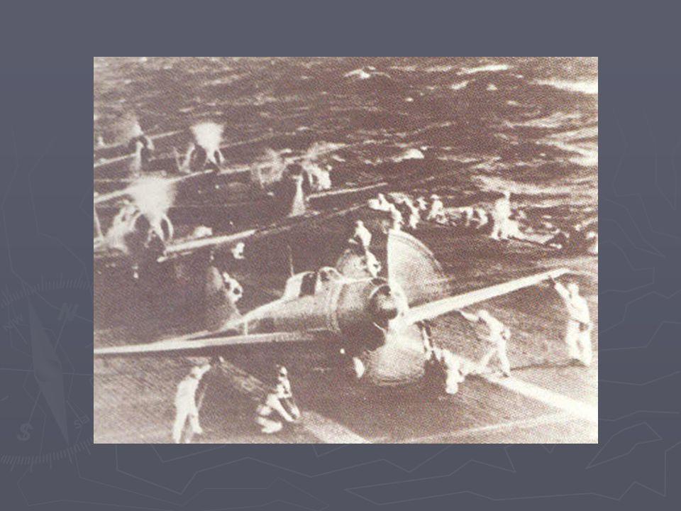 Exploze torpéda na bitevní lodi Virginia (foceno z japonského letadla)