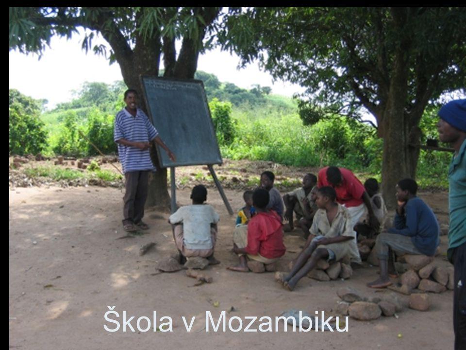 Škola v Mozambiku