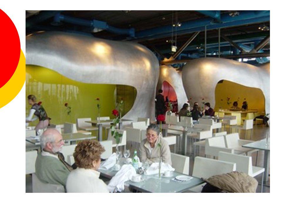 Centre Pompidou  výstavní prostory  Knihovna  muzeum moderního umění  obchody, kavárny, …  Kinosály  další prostory s velkými možnostmi využití