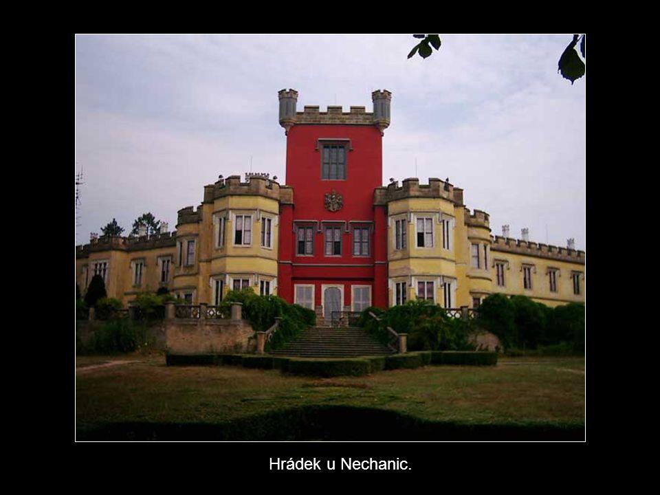 Hrádek u Nechanic.