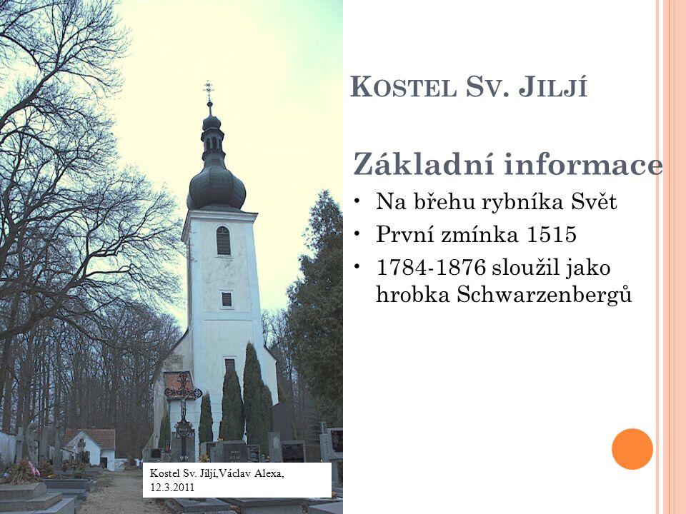 A RCHITEKTURA Původně gotický 1574–76 přestavěn Janem Vlachem Křížová klenba bez žeber a hrotitá okna 1776 za vlády Schwarzenberků byla přistavěna barokní věž s cibulovitou bání 1992 restaurace