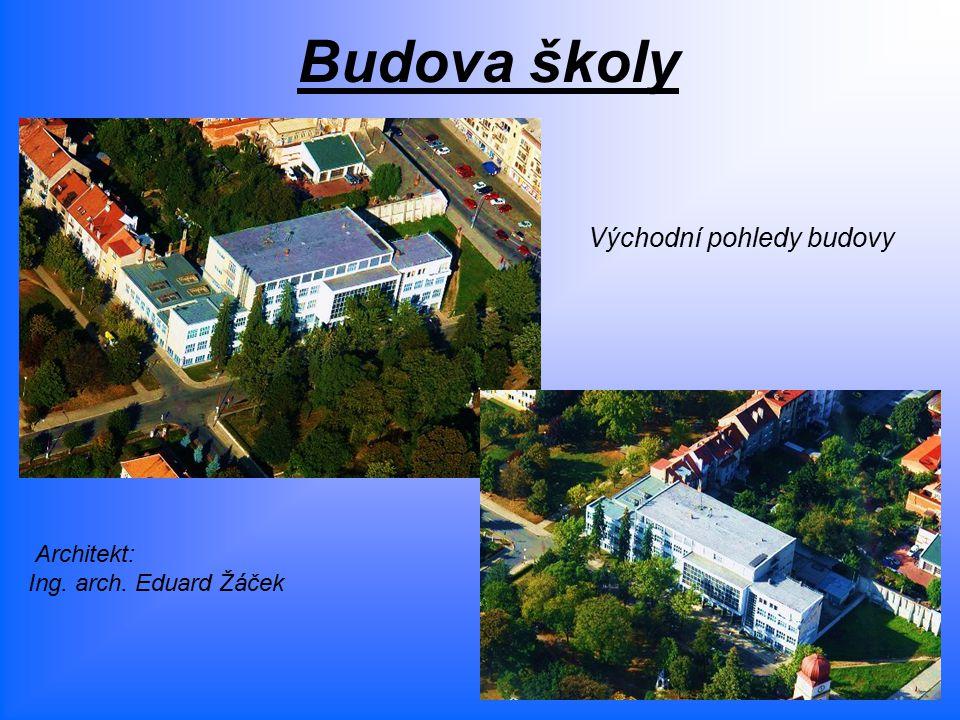 Budova školy Východní pohledy budovy Architekt: Ing. arch. Eduard Žáček