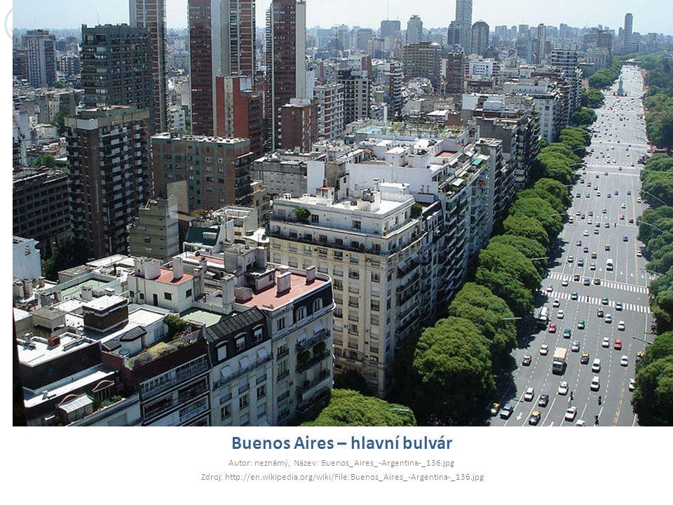 Buenos Aires – hlavní bulvár Autor: neznámý, Název: Buenos_Aires_-Argentina-_136.jpg Zdroj: http://en.wikipedia.org/wiki/File:Buenos_Aires_-Argentina-_136.jpg