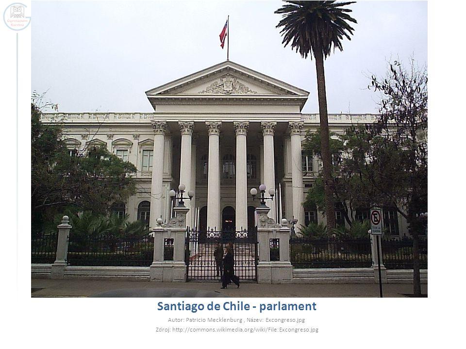 Santiago de Chile - parlament Autor: Patricio Mecklenburg, Název: Excongreso.jpg Zdroj: http://commons.wikimedia.org/wiki/File:Excongreso.jpg