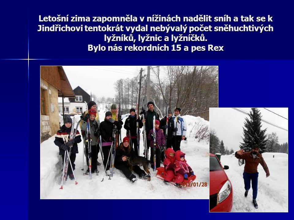 Letošní zima zapomněla v nížinách nadělit sníh a tak se k Jindřichovi tentokrát vydal nebývalý počet sněhuchtivých lyžníků, lyžnic a lyžníčků.