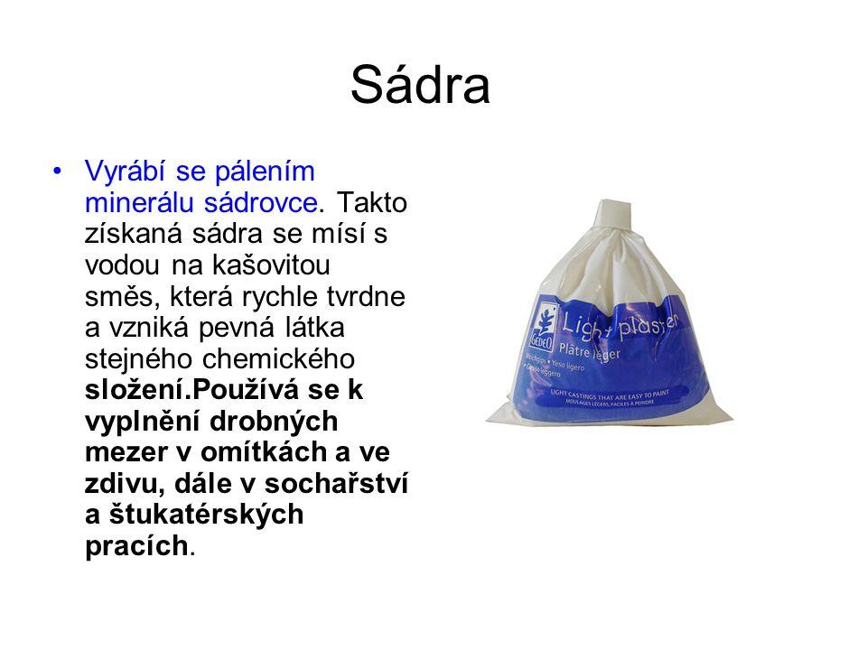 Vápenná malta Získává se míšením hašeného vápna (hydroxid vápenatý) s pískem a vodou.