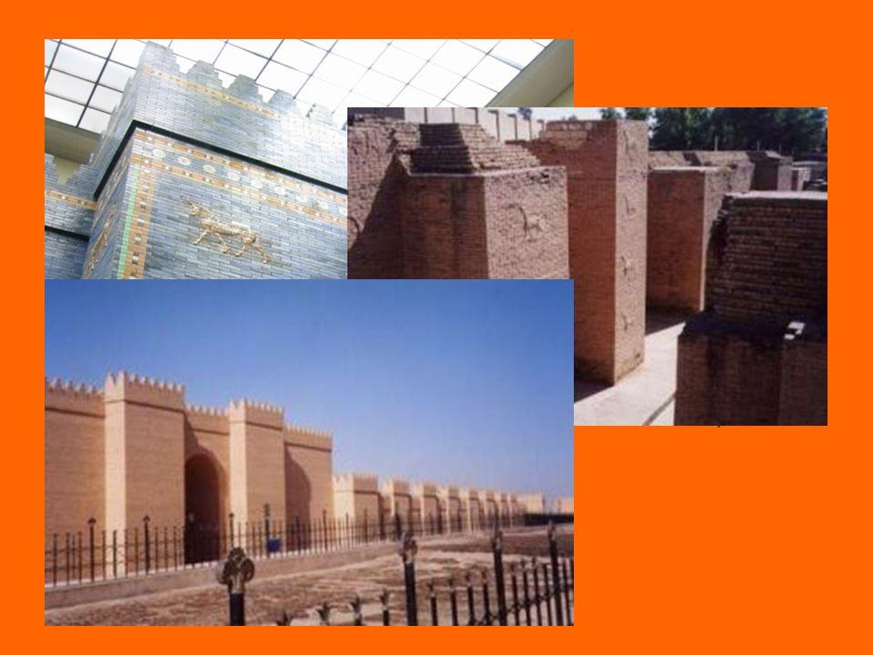 Ištařina brána jedna z 8 vstupních bran(pojmenovány po bozích) Ištar-bohyně lásky a války stála na Cestě procesí, která vedla do městské čtvrti chrámů