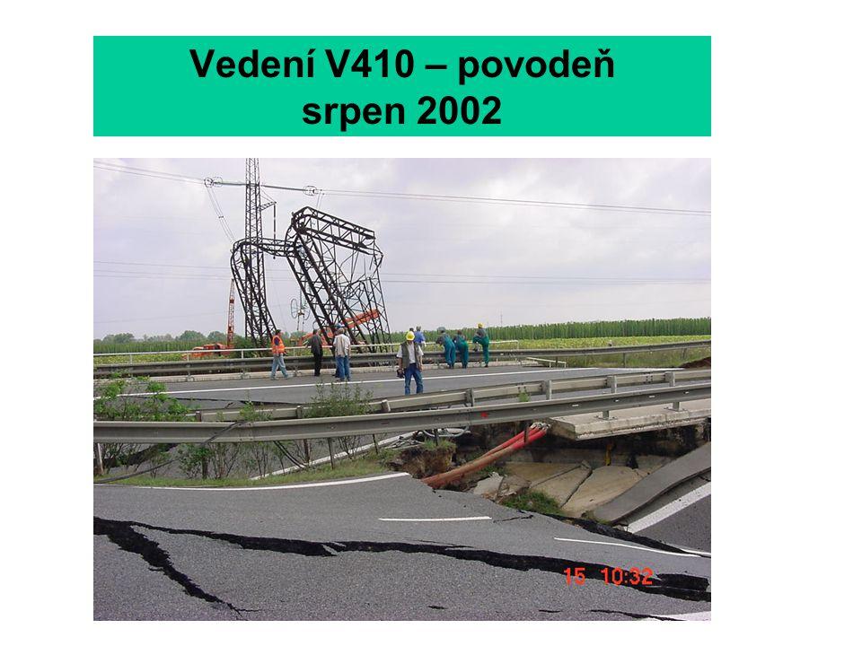 Vedení V410 – povodeň srpen 2002