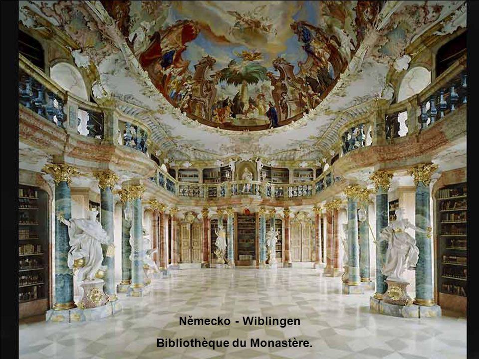 Evropské knihovny Hudební doprovod: IL SILENZIO TRUMPET NINO ROSSO Ruční otáčení fotografií J@