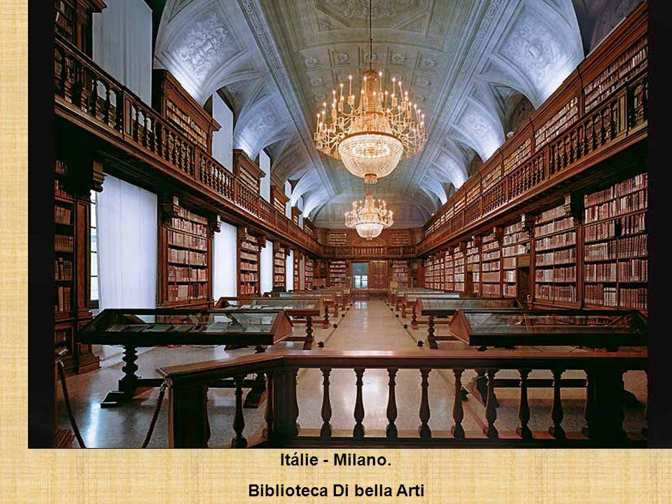 Itálie - Řím Biblioteca Angelica