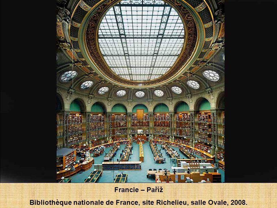 Francie – Paříž Bibliothèque nationale de France, site Richelieu, salle Labrouste, 2008.