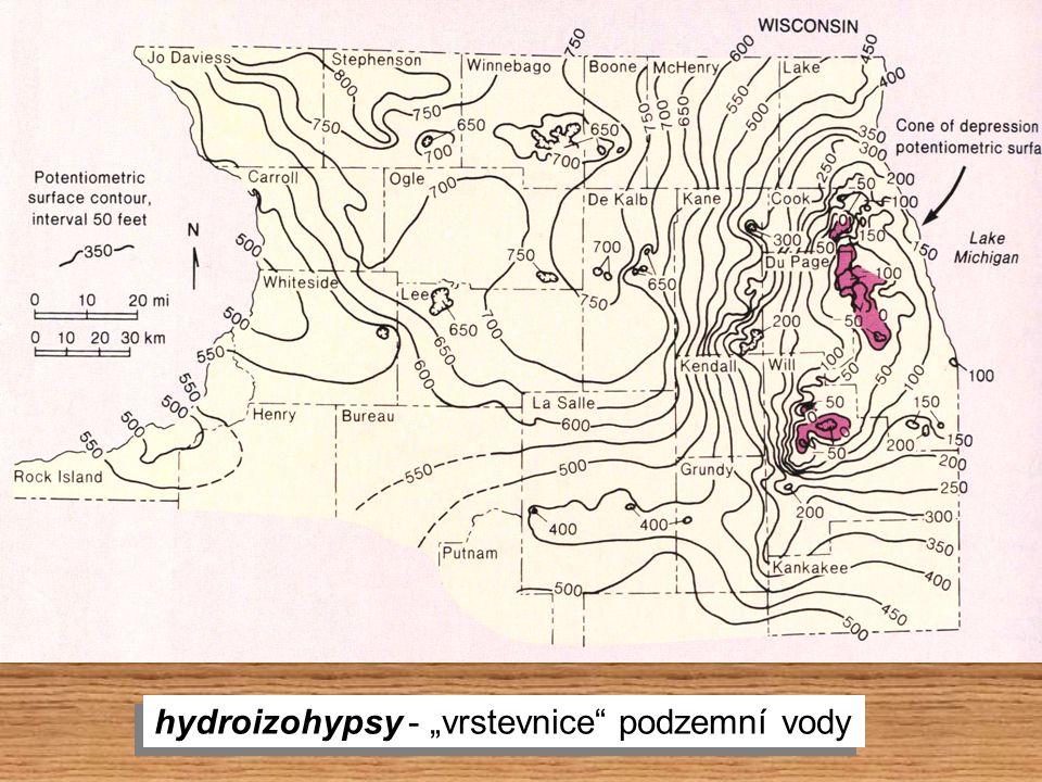 """hydroizohypsy - """"vrstevnice"""" podzemní vody"""