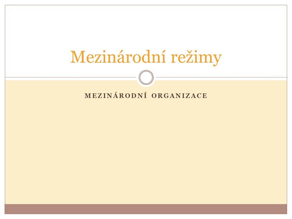 CEFTA Hodnocení:  Stanovení norem a pravidel vzájemného obchodu  platforma pro výměnu informací  podpora členství v EU Po vstupu do EU CEFTU opustily ty státy, které do Unie vstoupily (ČR, SR, Polsko, Maďarsko, Slovinsko, Bulharsko, Rumunsko)