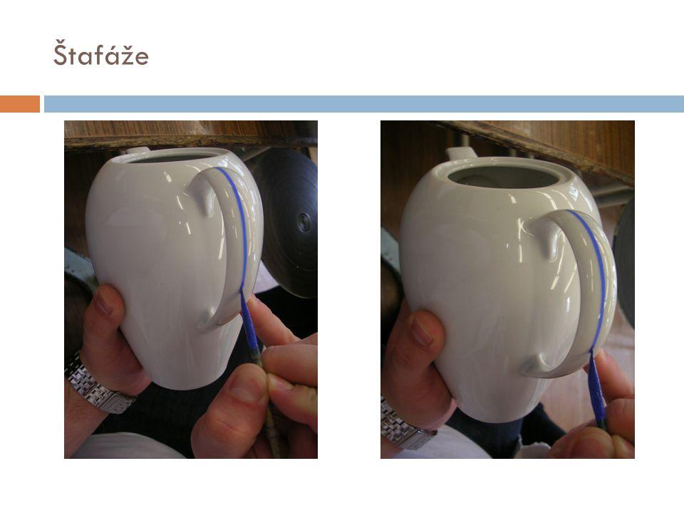 Pravý lept  Provádí se leptáním glazury kyselinou fluorovodíkovou.