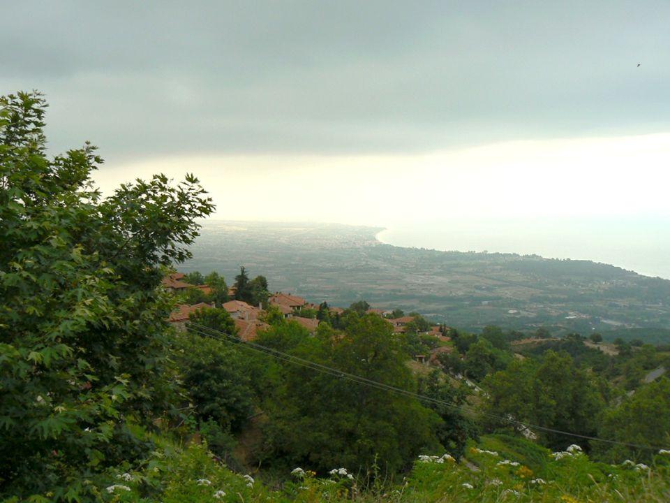 ...a vybral si domeček. Toto je výhled z domečku na řecké pobřeží...