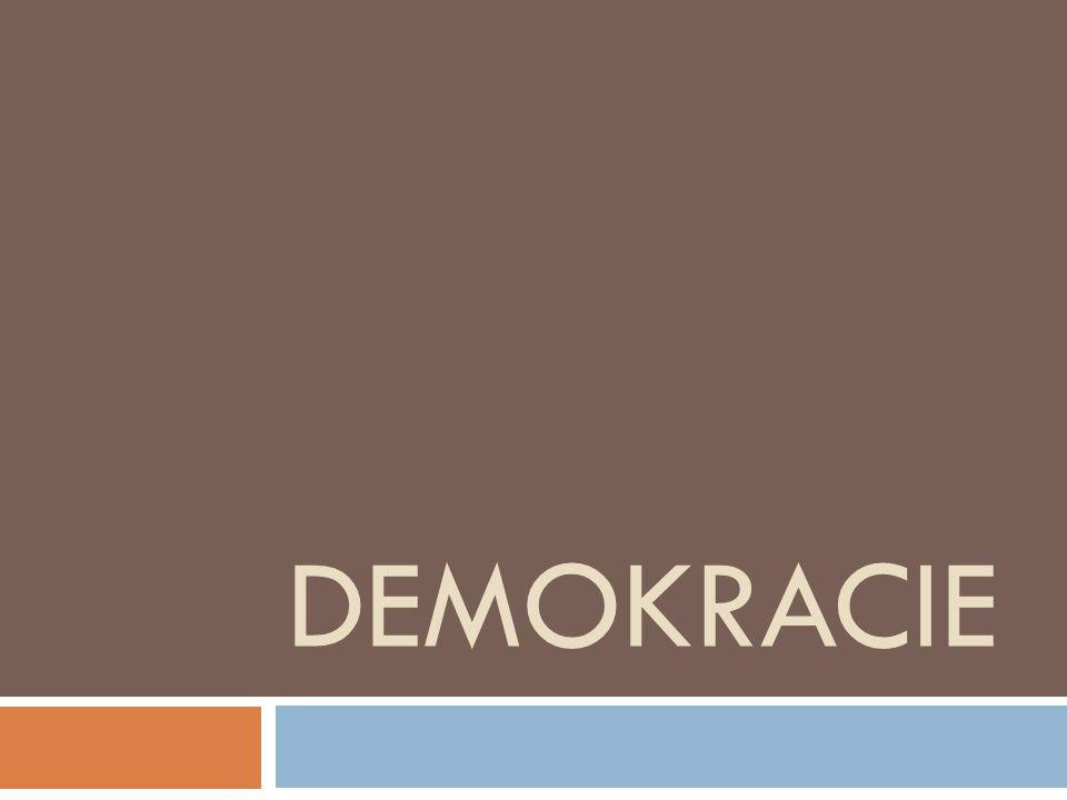  Demokracie znamená vláda lidu.