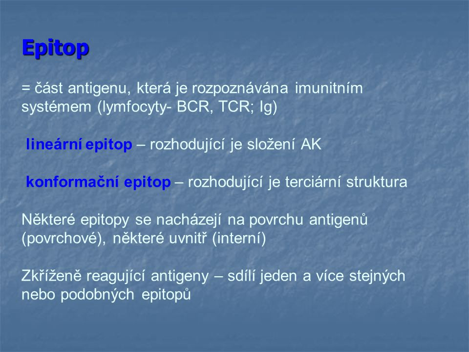 Specifické imunitní mechanismy Specifické imunitní mechanismy * adaptivní, antigenně specifické * evolučně mladší * mají imunologickou paměť * rozvoj úplné specifické imunitní reakce trvá několik dní až týdnů * složka buněčná - T lymfocyty (TCR) humorální - protilátky